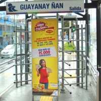 Publicidad en paraderos - tornos en la ciudad de quito